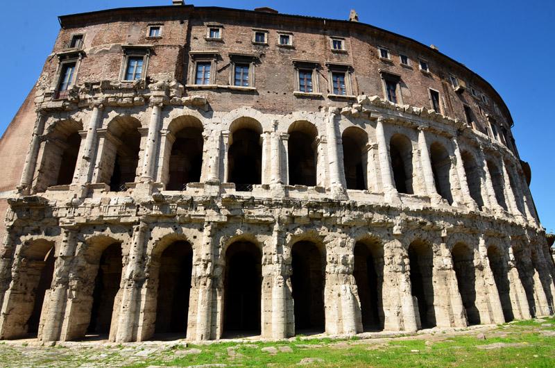 Le théâtre de Marcellus - Italie-decouverte