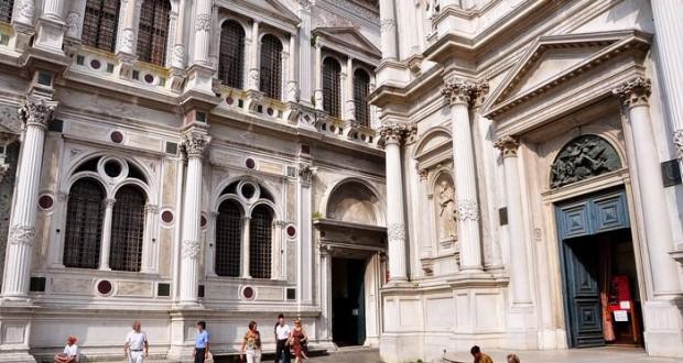 La Scuola Grande Di San Rocco