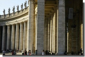 vatican_place_st_pierre_3_400-300x201